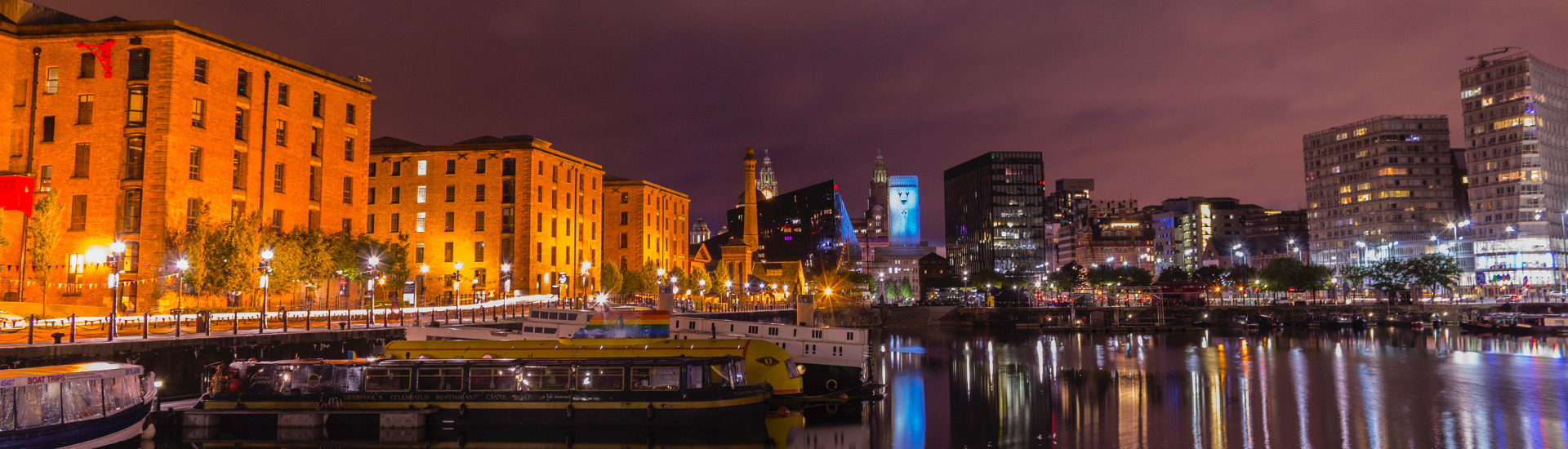 albert dock architecture bridge 550